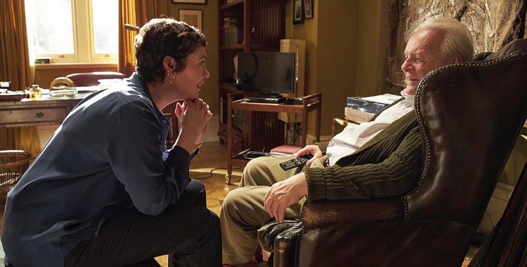 Zwiegespräch: Anne, gespielt von Olivia Colman, mit ihrem dementen Vater Anthony, gespielt von Anthony Hopkins (Foto: www.tobis.de)