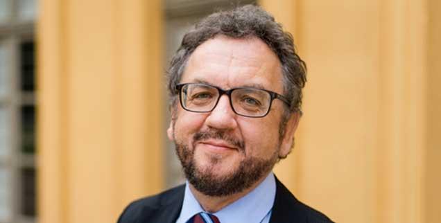 Heribert Prantl hat als Mensch und Journalist ein Faible für die Theologie. Warum? Das erzählt er in der aktuellen Ausgabe von Publik-Forum. (Foto: Malik)