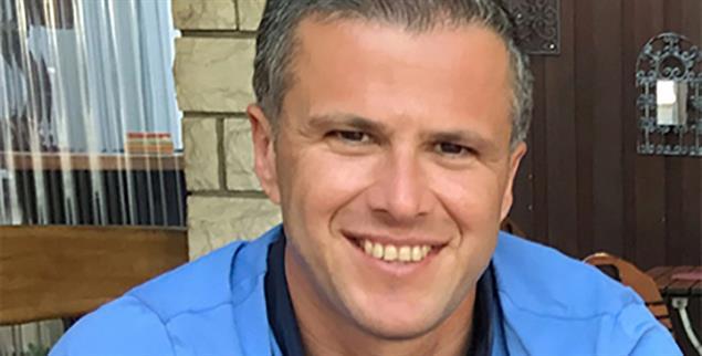 Unternehmer Sener Sahin, 44: Dieser Mann wird kein Bürgermeister, zumindest nicht in diesem Jahr. Diagnose: »falsche Religion« (pa/privat)