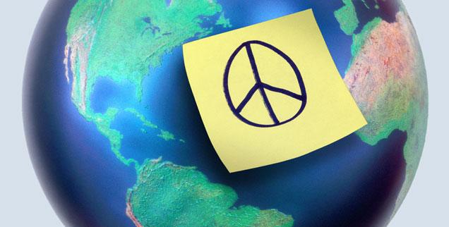 """Die Welt im Blick: Schwerpunkte der Ökumenischen Versammlung 2014  sind """"Heimat Erde"""", """"Solidarisches Wirtschaften"""", Klimawandel und Gewaltüberwindung (Foto: Collins/Corbis)"""
