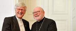 Gemeinsamer Blick auf das Reformationsgedenken: EKD-Ratsvorsitzender Heinrich Bedford-Strohm (links) und Kardinal Reinhard Marx, der Vorsitzende der Deutschen Bischofskonferenz (Foto: pa/Sven Simon/Frank Hoemann)