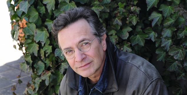 Einer, der auszog, um bei sich selbst anzukommen: Schriftsteller Patrick Roth (Foto: Isolde Ohlbaum/laif)