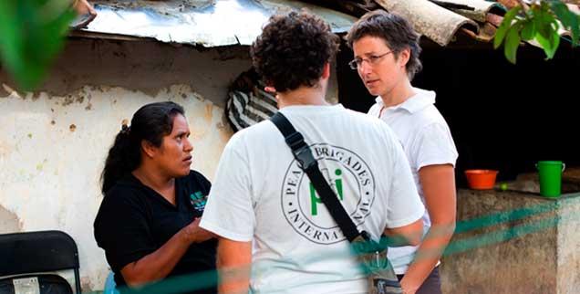 Die Peace Brigades International (PBI), eine von den Vereinten Nationen anerkannte Friedensorganisation, engagiert sich in Mexiko, wo Morde an der Tagesordnung sind (Foto: Peace Brigades International)
