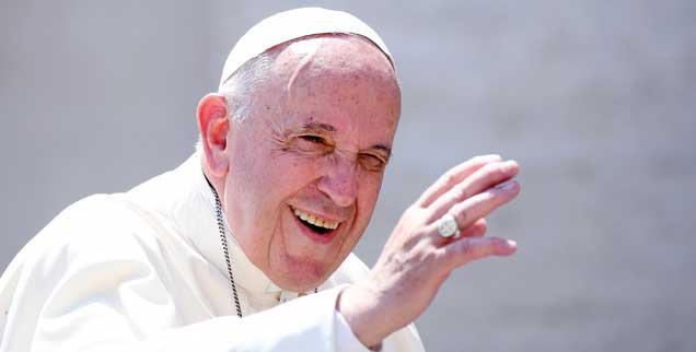 Herzliche Grüße nach Deutschland: Papst Franziskus hat den Katholikinnen und Katholiken einen Brief geschrieben. (Foto: pa/Ulmer)