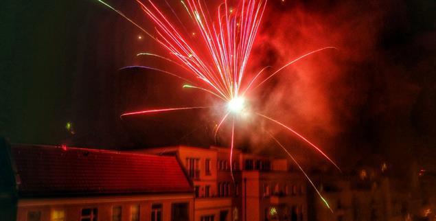 Feuerwerk über Berlin: Noch ist das vor allem Privatsache (pa/Stache)
