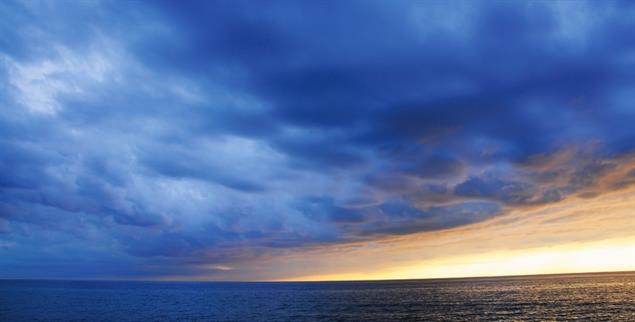Weder nichts noch etwas Endliches: der Horizont (Foto: bellaluna / Photocase)
