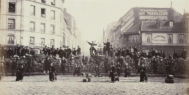 Auf der Barrikade: Paris am 18. März 1871 (Foto: CC0 Paris Musées / Musée Carnavalet)