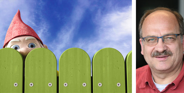 »Aus dem Vorgärtchen winkt der Gartenzwerg, und der neue Heimatminister grüßt im Trachtenjanker zurück ...« So könnte eine Karikatur der deutschen Leitkultur aussehen, findet Alexander Schwabe (rechts). (Fotos: Pa/westend61/Anna Huber; Publik-Forum/Jäger)