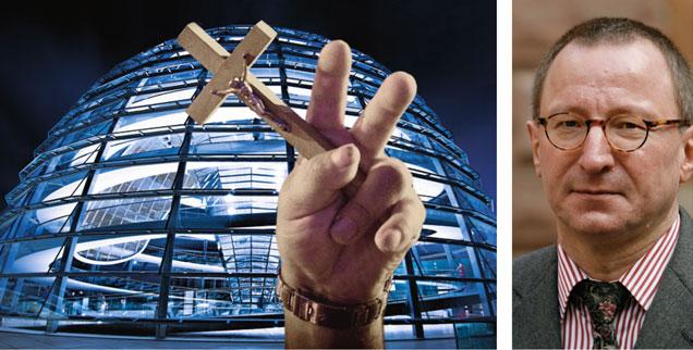 Kann man »mit Gott Staat machen«? Der Rechtsphilosoph und Staatsrechtler Horst Dreier (rechts) sagt: »Nein!« (Foto: pa/dpa/Daniel Karmann; Fotomontage-Fotos: iStock by getty/mbbirdy; pa/dpa/Grzegorz Michalowski)