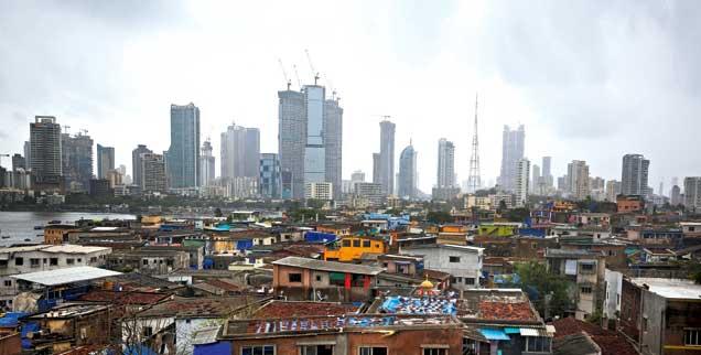 Geld und Macht: Indiens Finanzmetropole Mumbai (Foto: Reuters/Mascarenhas)