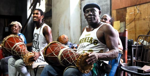 Mehr als nur Musik. Viele Rhythmen haben eine religiöse Bedeutung (Foto: Elena Martinez Rodriguez)