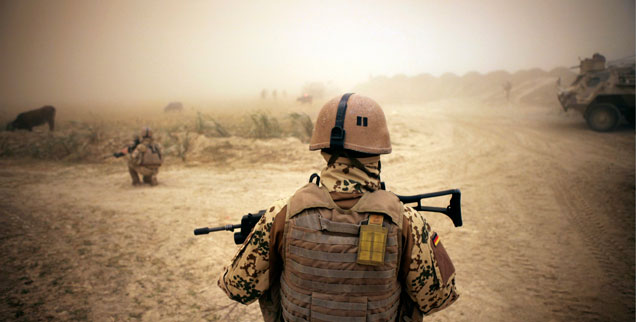 Joachim Garstecki: »Nach zehn Jahren Krieg verteidigt die Bundeswehr in Afghanistan überwiegend nur noch sich selbst.« (Foto: pa/joker/vog)