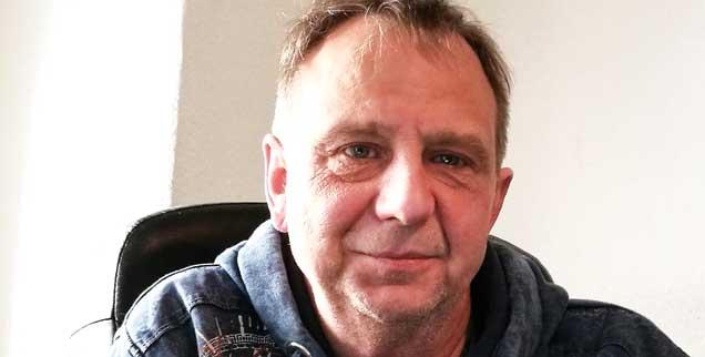 Spürt verlorene Angehörige auf: Privatdetektiv Rainer Elsner (Foto: Eric Breitinger)