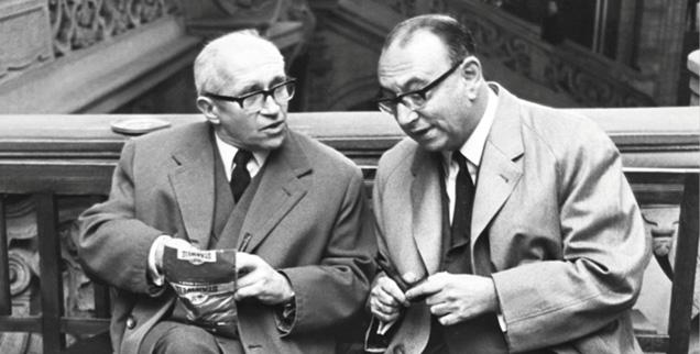 Vermittler: Die Berliner Theologen Helmut Gollwitzer (li.) und Heinrich Albertz hatten Verständnis für den Idealismus, nicht aber für die Gewalt der RAF-Bewegung (Foto: pa/Sammlung Richter/LB)