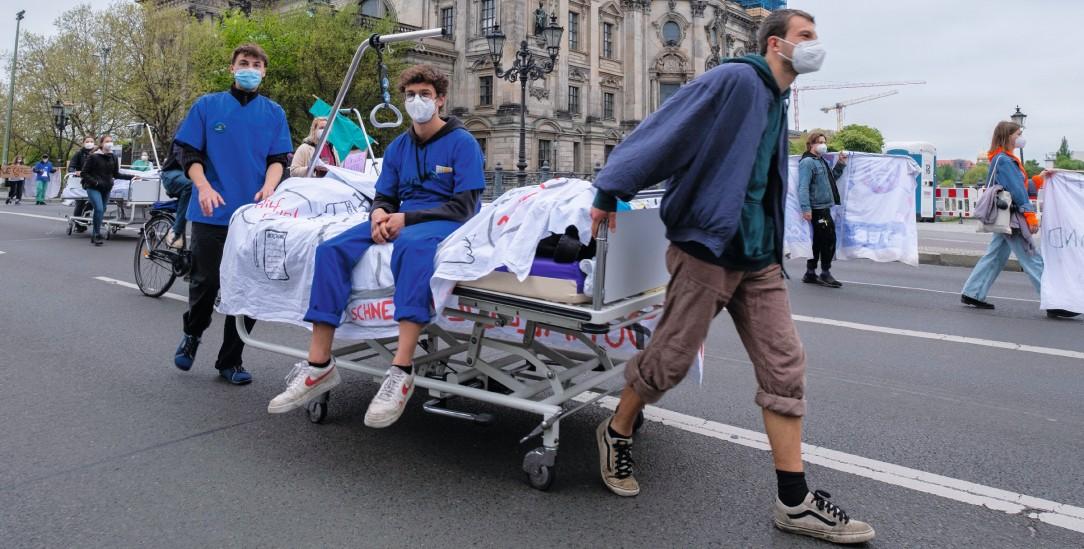 Proteste gegen die Privatisierung von Krankenhäusern in Berlin.