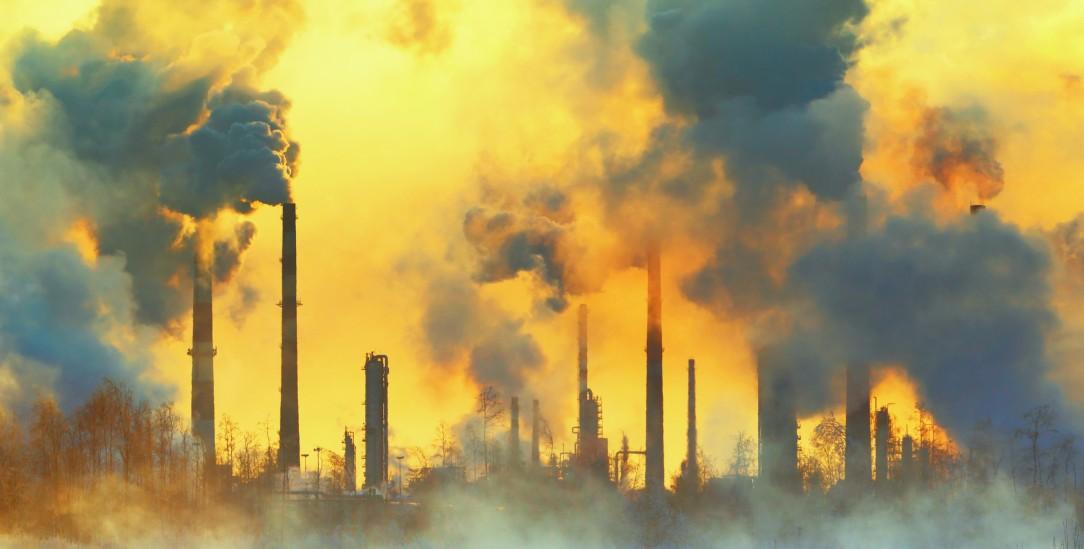 Die Bundesregierung muss in der Klimapolitik nachsteuern. Das Bundesverfassungsgericht hat die bisherigen Gesetze für unzureichend erklärt. (Foto: istockphoto/Hramovnick)